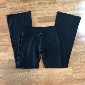 Lululemon black yoga flare leggings size 6